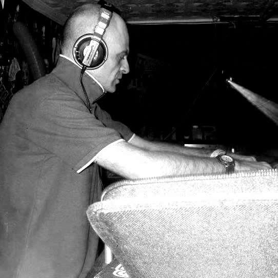 DJ D_votion